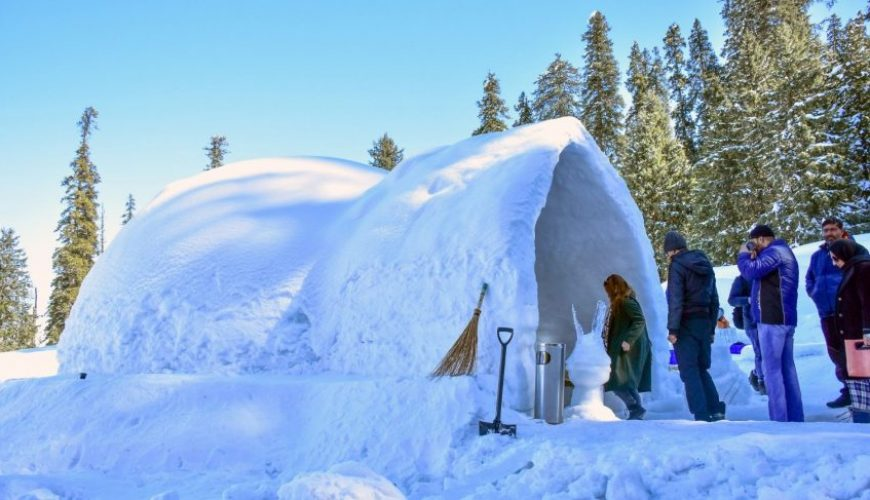 Gulmarg Igloo Cafe